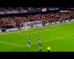 Cisse'den Chelsea'ye Fizik Kurallarına Aykırı Gol - Video