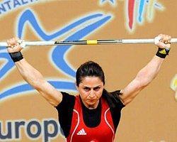 Sibel Şimşek Halterde Avrupa Şampiyonu