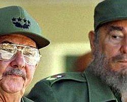 Küba'dan Papa'ya Ret