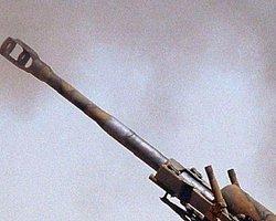 'Suriye Hama'yı Topçu Ateşine Tutuyor'