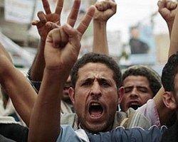 Yemen'de 2 Bin Kişi Öldürüldü