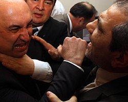 """Komisyonda """"Kahrolsun Faşizm"""" Sloganları Atıldı"""