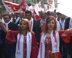 Gümüşhaneliler 94'üncü kurtuluş yıldönümünde Taksim'deydi