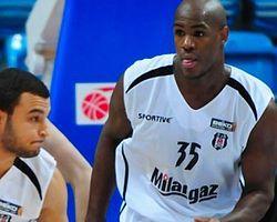 Beşiktaş Milangaz:82 Novgorod: 80