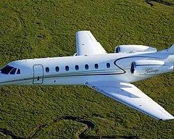 DKC'de özel uçak düştü