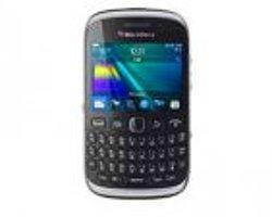 Blackberry yeni Curve 9320'yi tanıttı