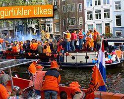Avrupa'nın özgür interneti kabul eden ilk ülkesi: Hollanda
