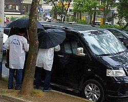 Bağdat Caddesini Kilitleyen Minibüsten Çıkan İlginç Not