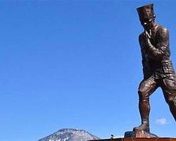 Dev Atatürk Heykeli İçin Açılış Yarışı