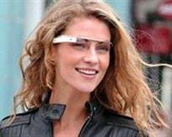 Google Bunuda Yaptı! :Bu Gözlükler Çok Konuşulucak