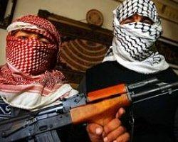 El Kaide Kaçırdığı Diplomatın Görüntüsünü Yayımladı