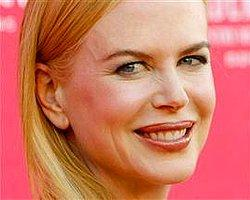 Nicole Kidman yeni filmini ölen gazeteciye Adadı