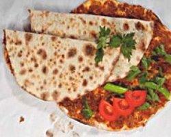 Lahmacunu Ermeni Pizzası Diye Tanıtmışlar
