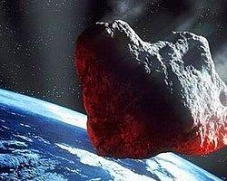 Dünyanın Yakınından İki Asteroid Geçti