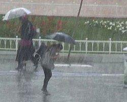 31 Mayıs'ta Taksim Meydanı'nda Kar Heyecanı!