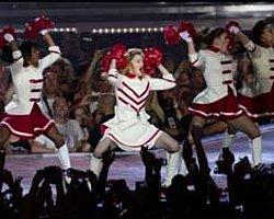 Madonna İsrailliler'i Coşturdu