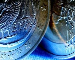 Yunanistan'ın Parası Suyunu Çekiyor