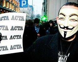 ACTA'yı Protesto için Yüzlerce Kişi Yürüdü