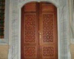 Mersin'de Caminin Kapısı Çalındı
