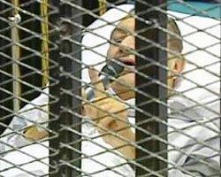 Mısır'ın Devrik Lideri Mübarek Komada