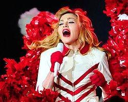 Madonna Bono'yu Kıskanmış