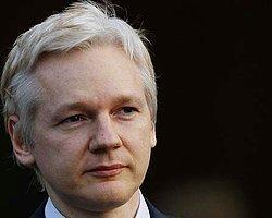 Assange Ekvador'dan Sığınma İstedi