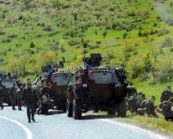 Askeri Konvoya Roketatarlı Saldırı Düzenlendi