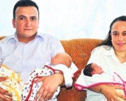 Halkalı'daki saldırının yıldönümünde üçüzlerini kucakladı