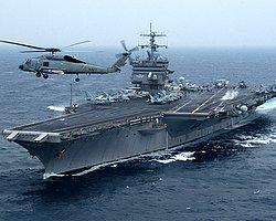 ABD savaş gemisini protestoya 7 gözaltı