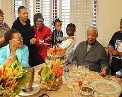 Nelson Mandela 94. Yaşını Kutladı