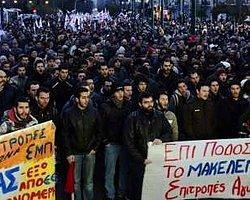 BBC Turkce - Haberler - Yunanistan'da banka çalışanları grevde