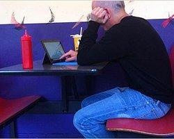 Microsoft Surface Tablet Restoranda Yakalandı