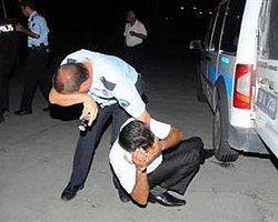 Ambulanstaki Yaralıyı Dövdüler