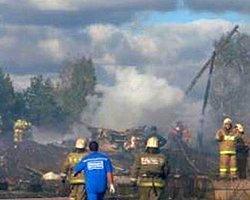 Rusya'da Uçak Düştü: 4 Ölü