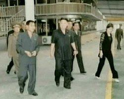 "Kuzey Kore'de ""Pantolon"" Devrimi!"