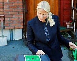 Norveç Prensesi Bir Günlüğüne Çöpçü Oldu