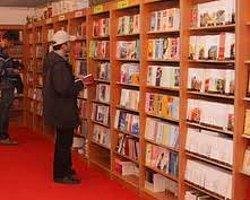 """Türkiye'yi Tanıtan """"El Kitaplarına"""" İlgi"""