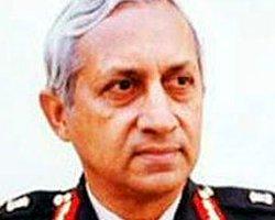 Hindistanlı General Londra'da Bıçaklandı