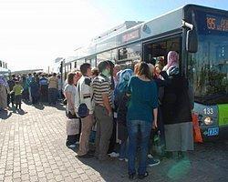 Üniversitelilerin Otobüs Çilesi