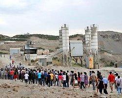 Tunceli'de Çevreciler Şantiye Bastı