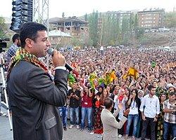 Özgür Gündem - Samimiysen Öcalan'a Git