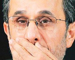 Ahmedinecad'ın Kameramanı Casus Çıktı!