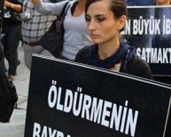 """""""5199′A Hayır"""" Diyen Hayvan Hakları Aktivistleri Bir Kez Daha Taksim'de Buluştu"""