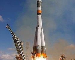 Rus Uzay Aracı Soyuz İstasyona Ulaştı