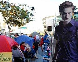 'Twilight' Hayranları Kamp Kurdu