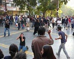 Bianet :: Sahne Dışı Sokak Tiyatrosu Diyor Ki
