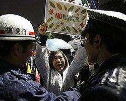 Japonlar Nükleere Karşı Sokağa Döküldü!
