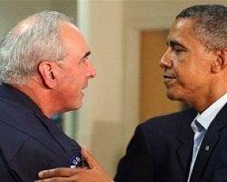 Obama Kurban Ailelerini Ziyaret Etti