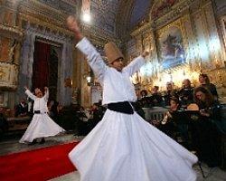 Katolik Kilisesi'nde Şeb-İ Arus Konseri Verildi