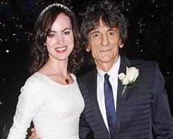 Rolling Stones Gitaristi Ronnie Wood Evlendi